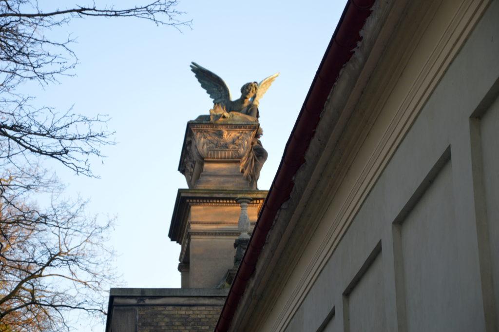 Вышеградское кладбище – национальный пантеон Чехии